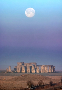 Full Moon at Stonehenge