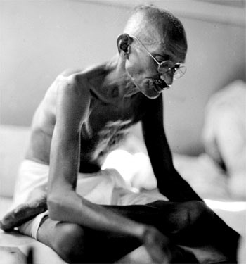 Mahatama Gandhi, Father of Non-violence movement, father of independent India