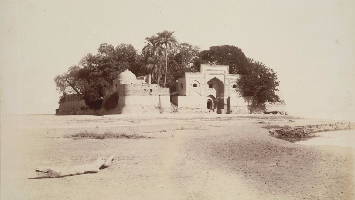 Shrine of Zinda Pir